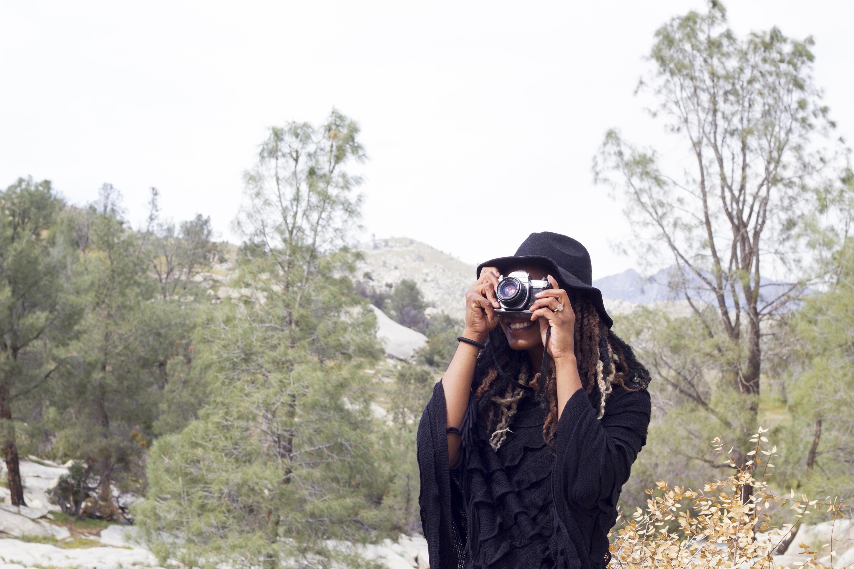 Latoya Hawthorne – Photographer | Brand Strategist + Storyteller